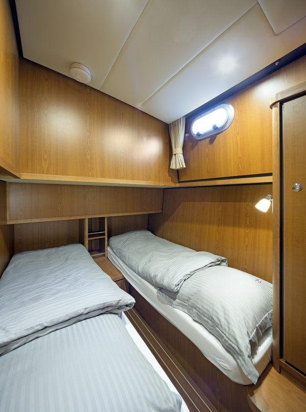 Linssen-Grand-Sturdy-410-AC-201115-110.jpg